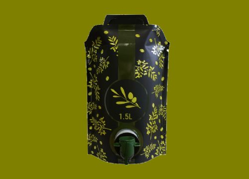 Smurfit Kappa introduces stand-up pouch for olive oil